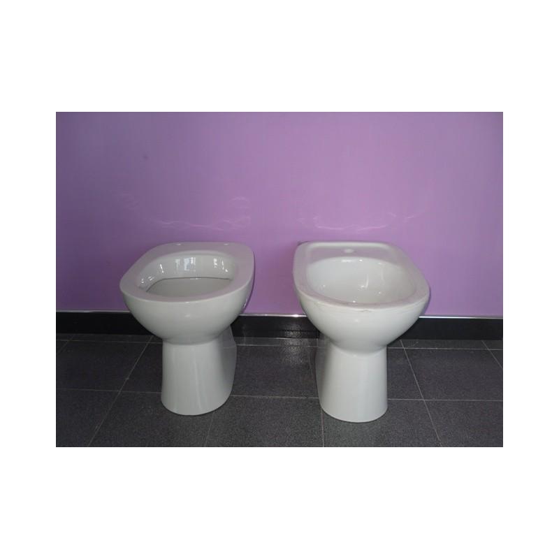 Vaso e bidet diana azzurra vendita online italiaboxdoccia - Sanitari bagno tradizionali ...
