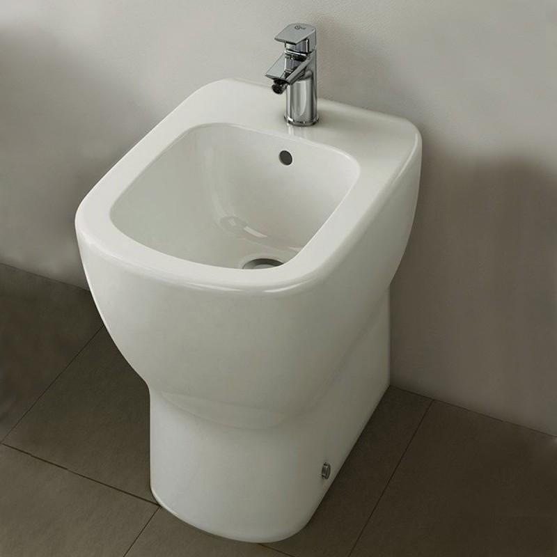 Sanitari Filo Muro Ideal Standard.Ideal Standard Bidet Filo Muro Art T3540 Tesi Ideal Standard