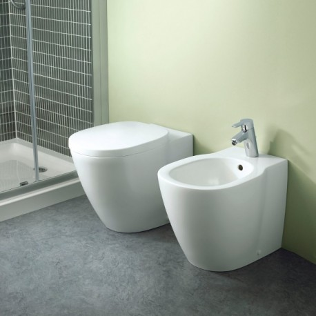 Ideal standard sanitari connect filo parete con coprivaso - Sanitari bagno ideal standard ...